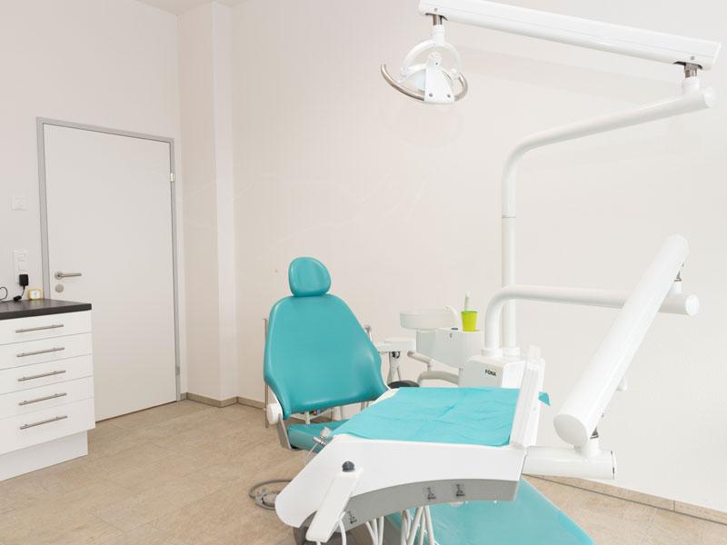 Praxis für Zahnprothetik - Modernstes Wissen und neuste Techniken